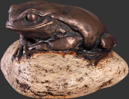Frog on Rock Small Bronze Finish / Fiberglass