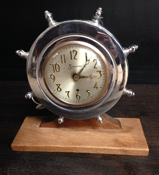 'Antique' Ships Wheel Clock