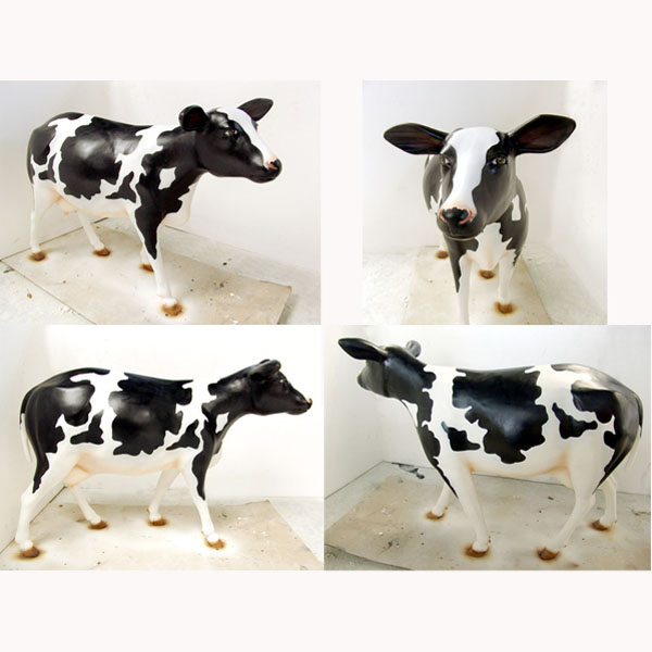 Heifer Black & White - Click Image to Close