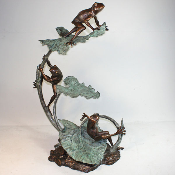 Bronze Frogs climbing on a Lily Pad Fountain - Click Image to Close